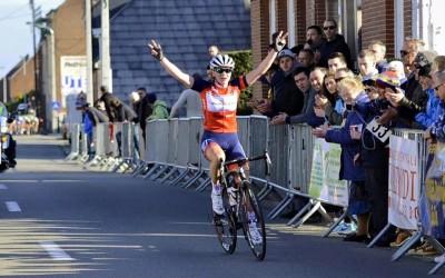 Bryony van Velzen wint in Haaltert