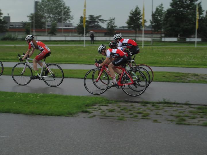 Jonge Renners rijden in Breda en Volendam