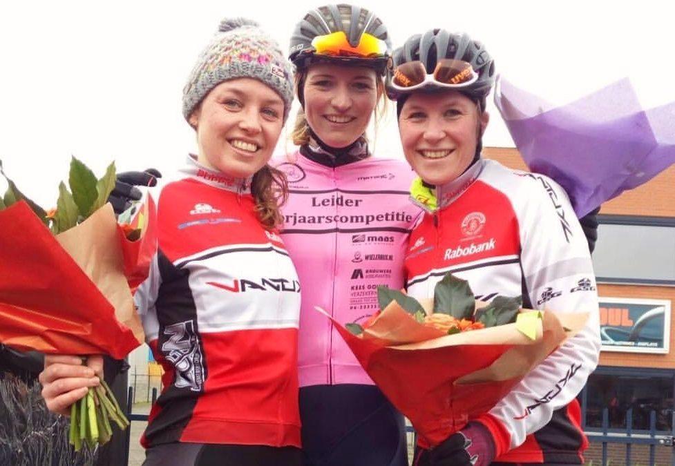 Textielstad-DJR Ladies Cycling Team vroeg in vorm