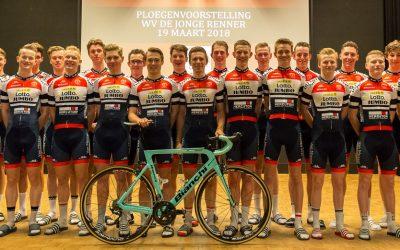 Topdrukte voor Team LottoNL-Jumbo- De Jonge Renner