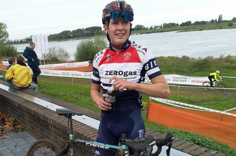 Winst voor Jari Prins in Uiterwaardencross Zaltbommel